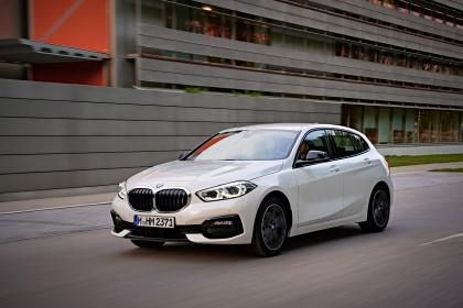 BMW 1 Series 2019 front tracking