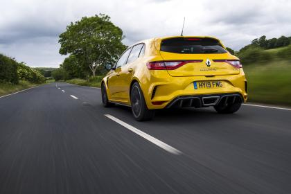 Renault Megane RS 300 Trophy rear tracking