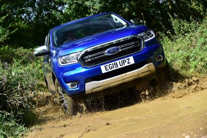 Ford Ranger - action