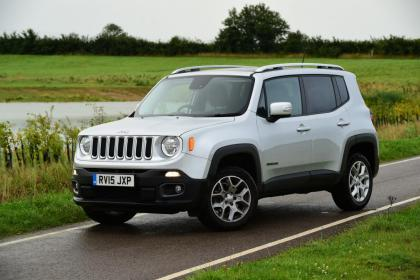 Used Jeep Renegade - front