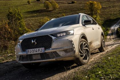DS 7 Crossback E-Tense - front