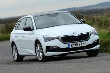 Skoda Scala - long termer front action