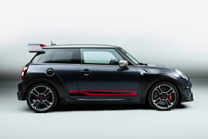 MINI John Cooper Works GP - side