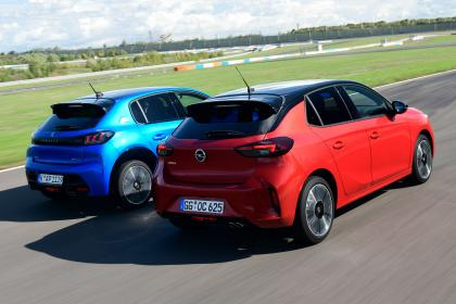 Vauxhall Corsa vs Peugeot 208 - rear
