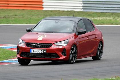 Vauxhall Corsa - front cornering