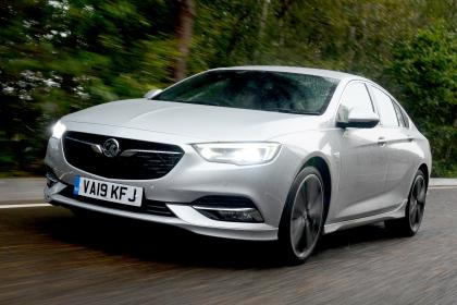 Vauxhall Insignia Grand Sport - front tracking