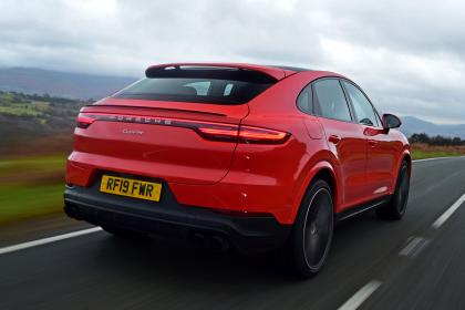 Porsche Cayenne Coupe - rear tracking